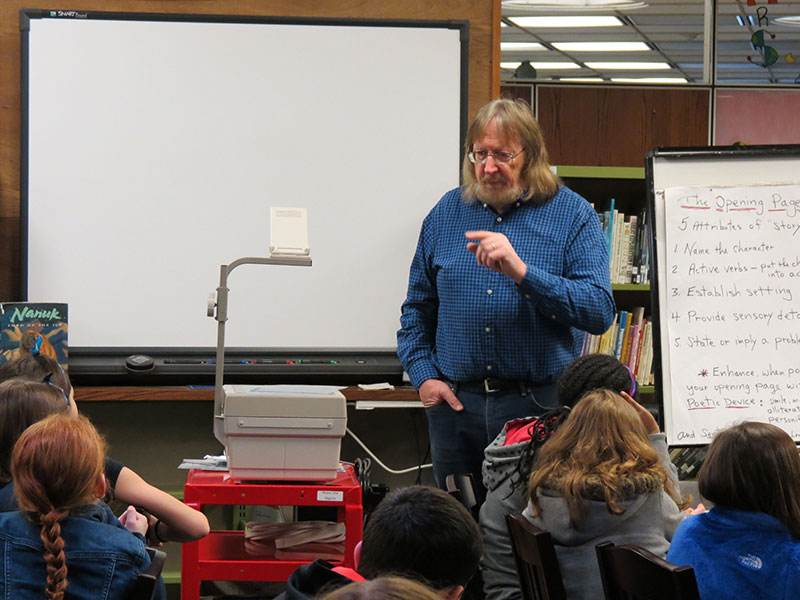 Author Helps Students Polish Writing Skills